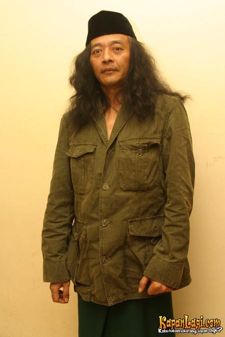 Biografi Biodata dan Profil Sujiwo Tejo Pastinya sudah kenal dengan